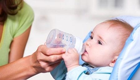 درمان یبوست در نوزادان